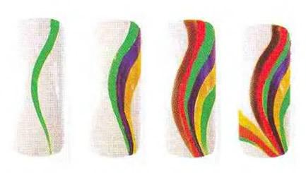 Абстрактный рисунок с разноцветными полосками