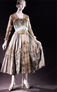 Чайное платье из шелковой тафты 1915г.