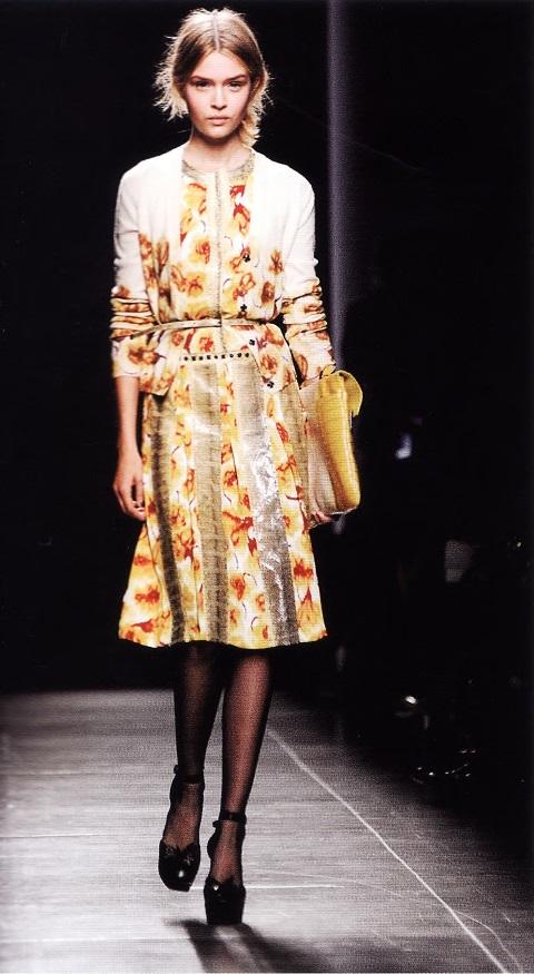 Чайное платье немецким дизайнером Т. Майера (весна/лето 2013)
