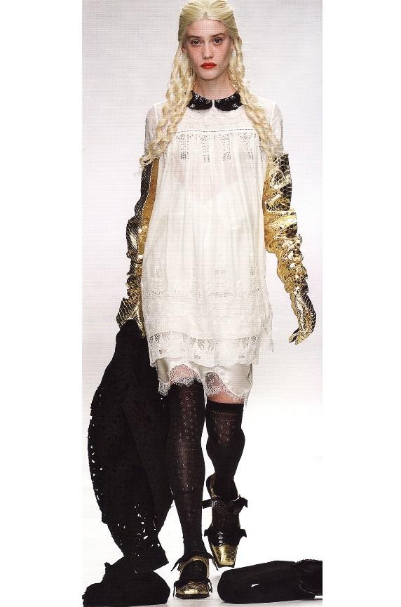 Cовременное платье бэби-долл (Meadham Kirchhoff, весна-лето 2014)