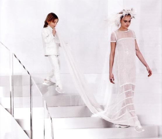 Футуристическое свадебное платье от К.Лагердельда