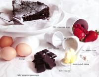 Ингредиенты для шоколадного торта с летней начинкой