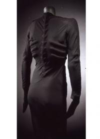 Изображение скелета на платье Скьяпарелли 1938г.