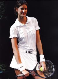 Коллекция Стеллы Маккартни 2008г, объединяющая моду и спорт
