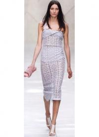 Женственное кружевное платье