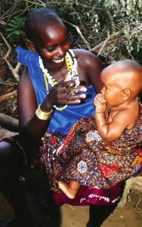 Мать со своим ребенком
