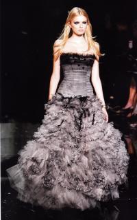 Платье от Марией Кьюри и Пьерпаоло Пиччоли для Valentiono