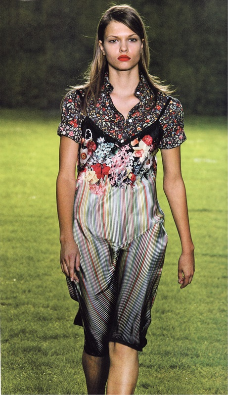 Платье-передник от Пола Смита (весна-лето 2005)