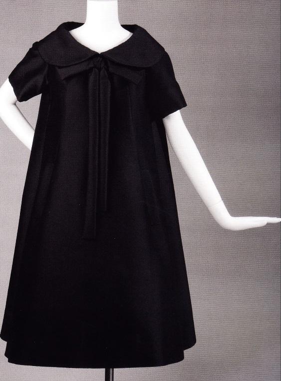 Платье-трапеция из мохера (Ив Сен-Лоран для дома Dior, весна-лето 1958)