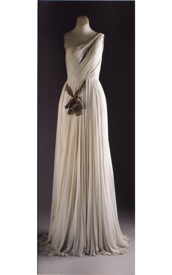 Вечернее платье, созданное в 1954 г Мадам Гре