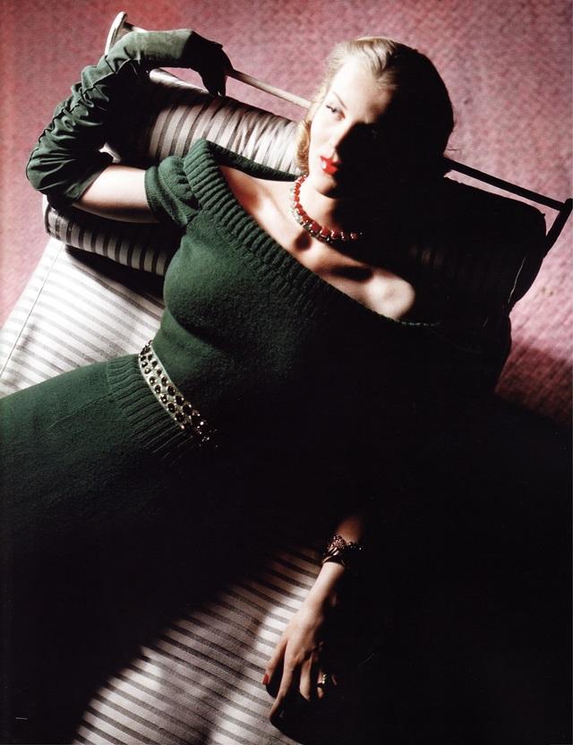 Вечернее платье-свитер (американский дизайнер Хетти Карнеги)